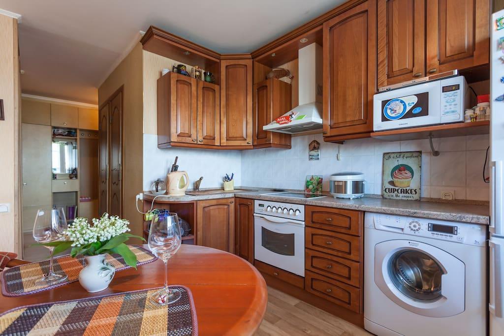 Кухня просторная