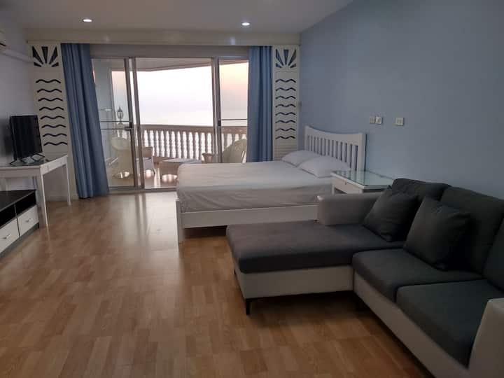 The Beach Suite 64 Sqm, Ocean View, 14th Floor