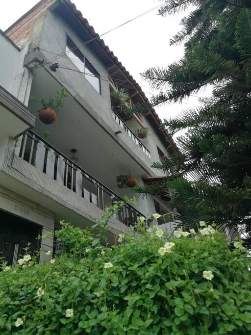 Balcón exterior apartamento