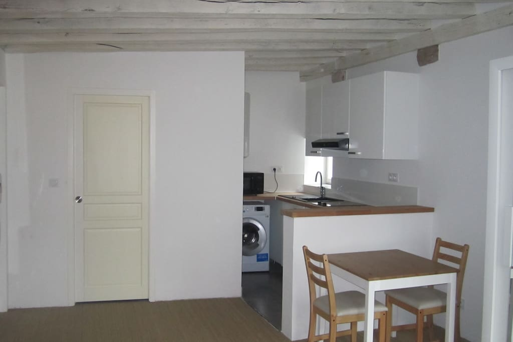 Coté cuisine / Salle d'Eau