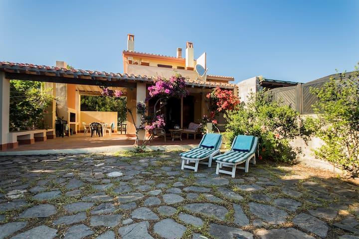 Casa Oleandro -  Carbonia-Iglesias - บ้าน