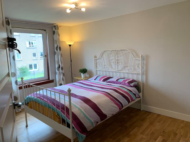 Double bedroom in maisonette flat
