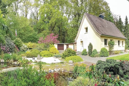 Holiday cottage with 2 bedrooms on 100m² in Brekendorf