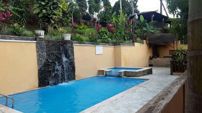 Villa completa todo lo k necesitas - Jarabacoa - Blockhütte