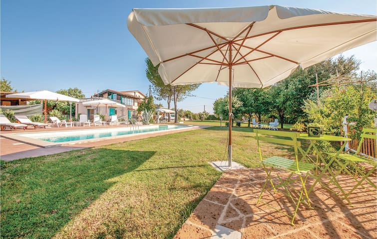 Beautiful home in S. Maria a Monte PI with WiFi and 1 Bedrooms