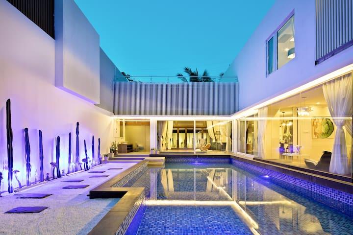 半山半岛五居600平独栋泳池热带雨林别墅伍号店