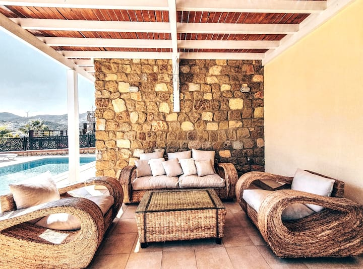 Bodrum 3 bed Villa Stunning Sea Views Private Pool