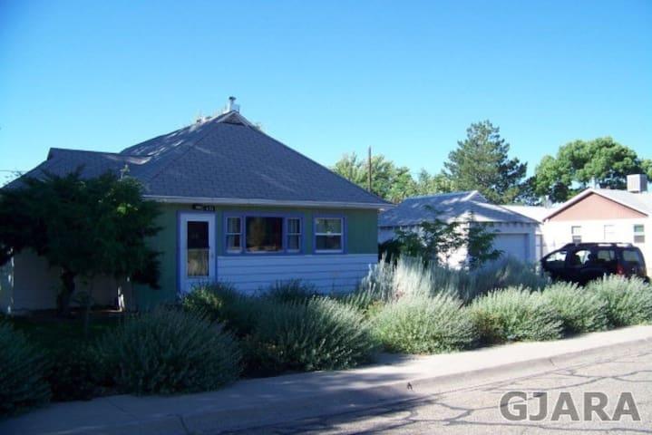 Comfortable Sunny Palisade Home - Palisade - House