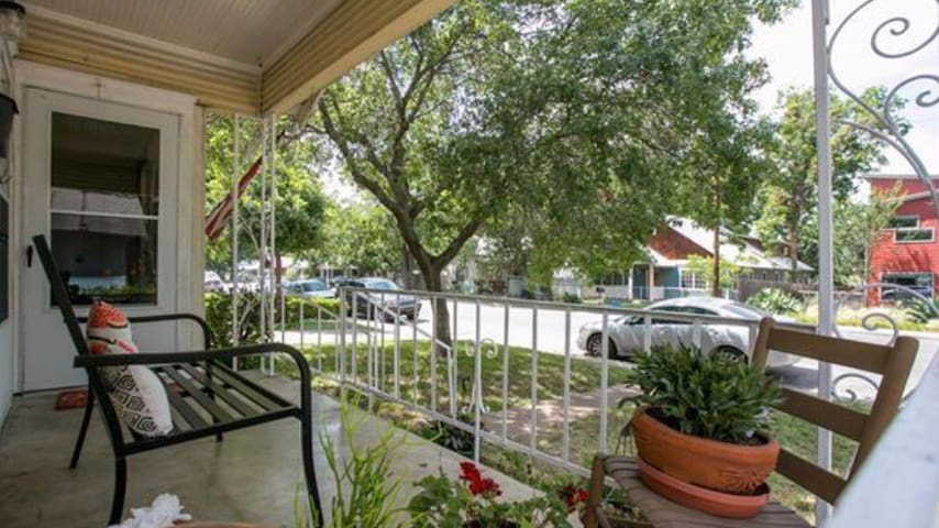 Great front porch in the heart of East Austin