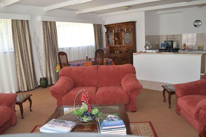 Kutenda Guest Cottage
