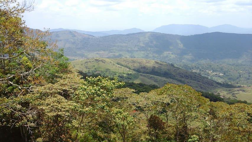 Mount crest inn, deniyaya, srilanka