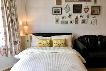Beautiful Self-Contained Studio - Oxford - House