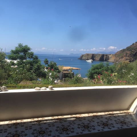 House by the Sea - Panarea  - Rumah
