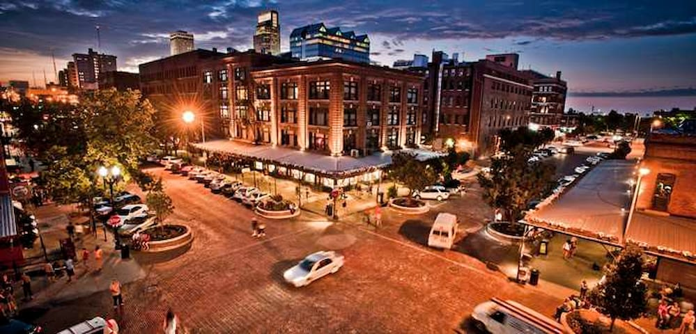 Downtown Omaha S Old Market 3 Minute Walk From Apartment