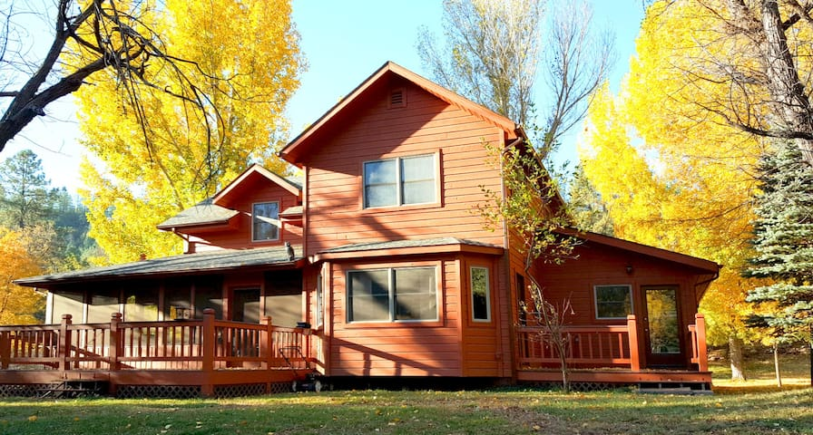 Family Style Home On the Creek in Whispering Pines - Payson - House