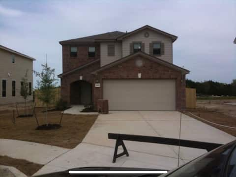3 Bdrm House in Schertz/New Braunfels area