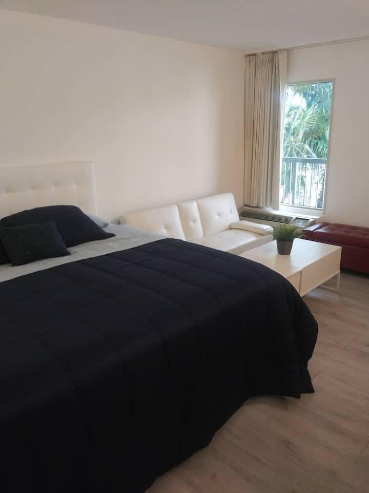 Private Room Sarasota