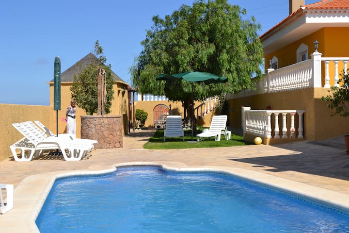 Casa Margarita with Private Pool - El Salto - Villa