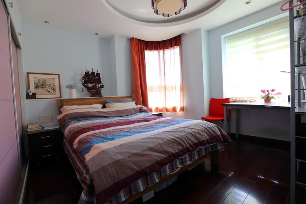 1.6米双人床