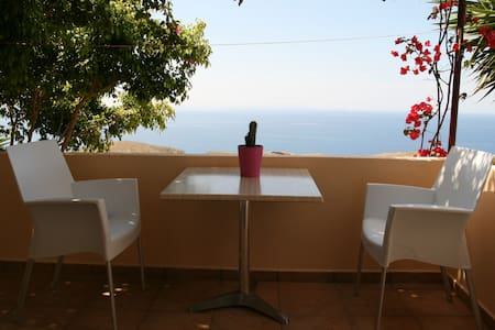 Holiday Apartment  with Sea View(1) - Hora Sfakion - Apartament
