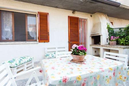 Casa con giardino a Marina Romea - Haus