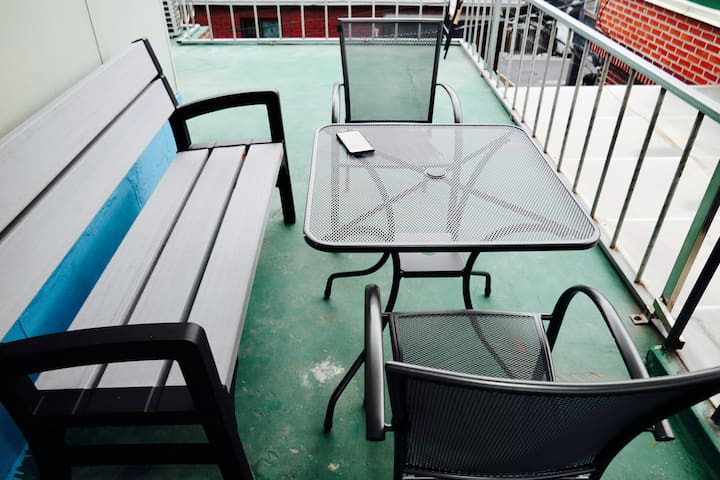 6. Rooftop place for two guests