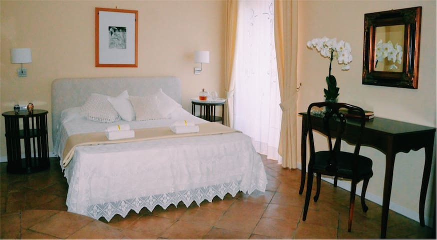 Donna Chiara Bed & Breakfast - Nusco - Wikt i opierunek
