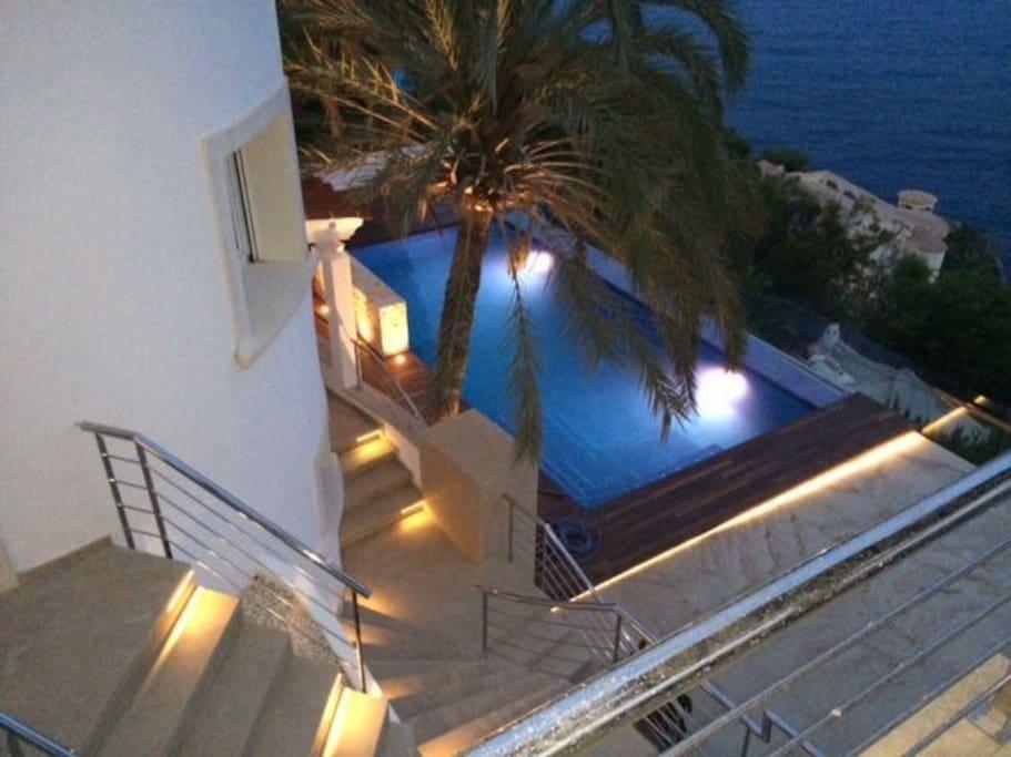pool area night illumination