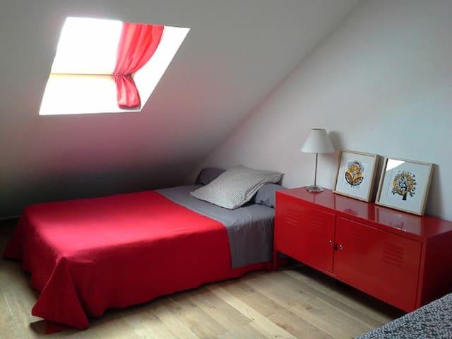 La chambre des enfants - Lit 120 et lit 80 cm