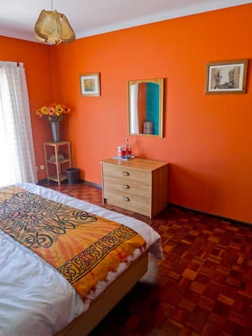 Large double (or twin) bedroom and it's real wood parque flooring