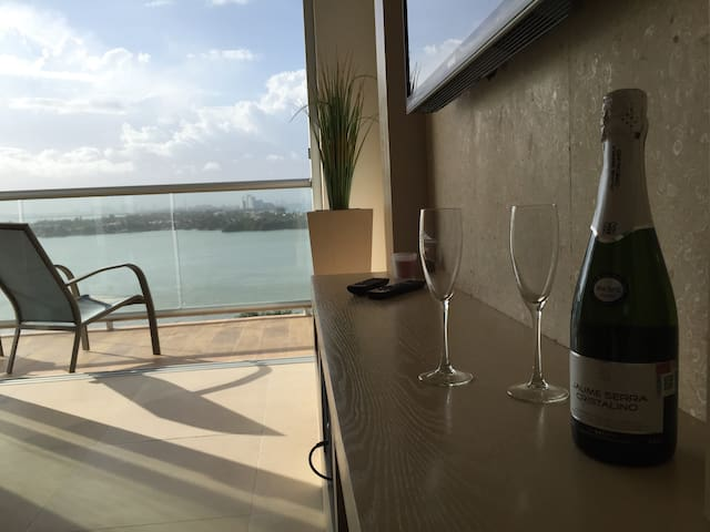 Sparkling wine for two curtesy, in week stay