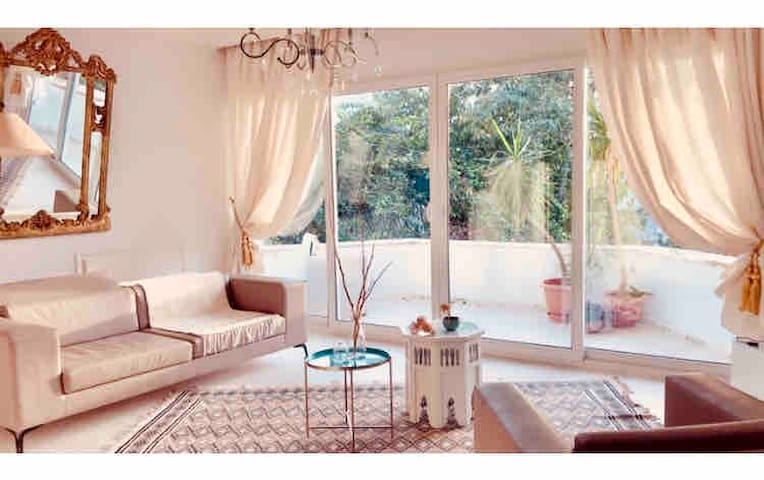 Cosy flat, free wifi, Sousse center