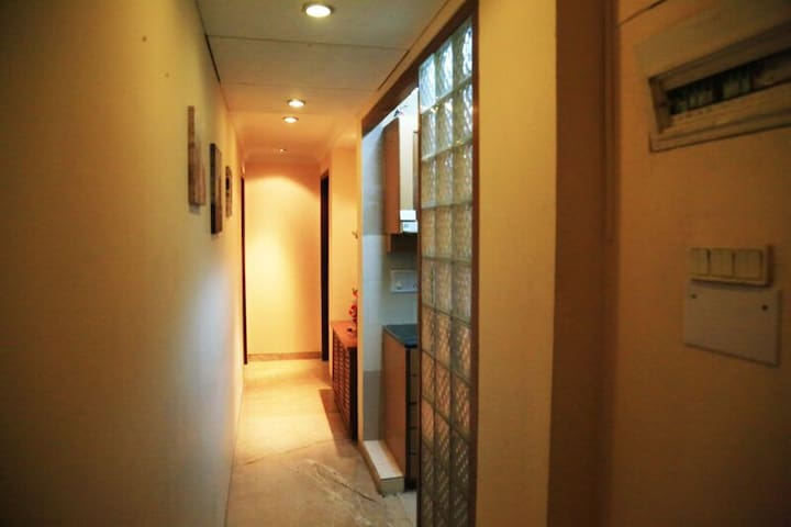 Lovely Little Apt. Perfect Location - Bombay - Daire