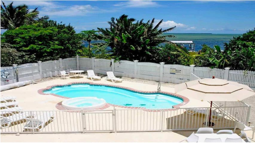 Peaceful Home With Atlantic View Near Key West