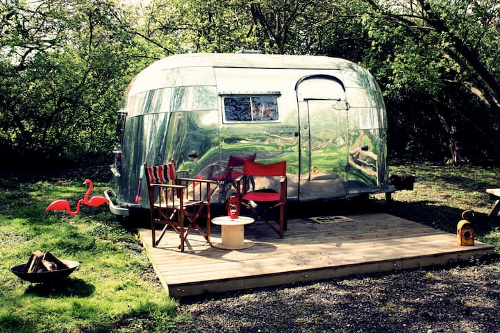 B&B S.Norfolk - 1956 Airstream - Open 28th April - Mundham - Гестхаус
