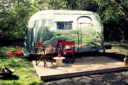 B&B S.Norfolk - 1956 Airstream - Open 28th April - Mundham - Bed & Breakfast