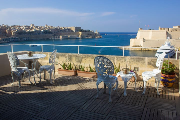 Duplex Suite, Valletta Views