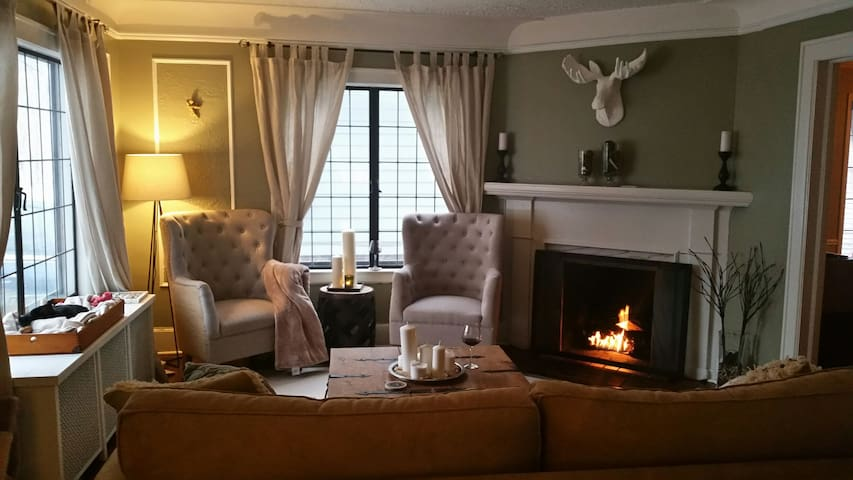 Private rooms 5 min walk to D.T. Ferndale - Ferndale - Hus