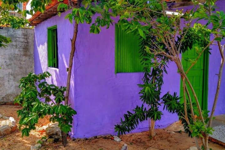 "Suíte "" ANAMBÉ ROXO"" - Centro, Canoa Quebrada."