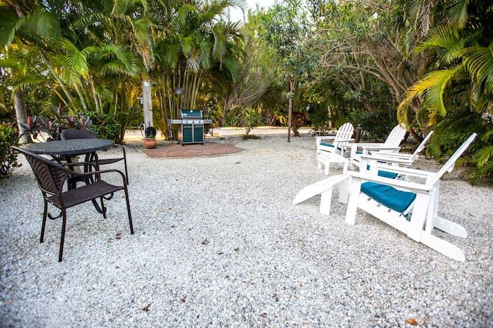 SUNSET CAPTIVA BAYSIDE 101 - FULL REMODEL -WATCH FOR NEW PHOTOS