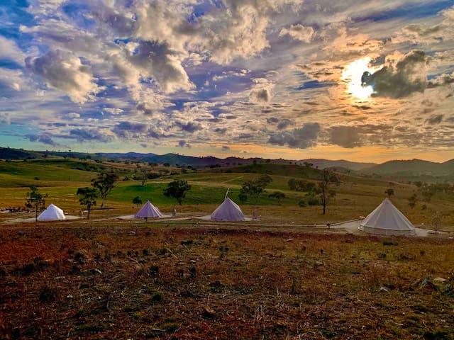 Luxury Glamping in Mudgee on a 320 ac working farm