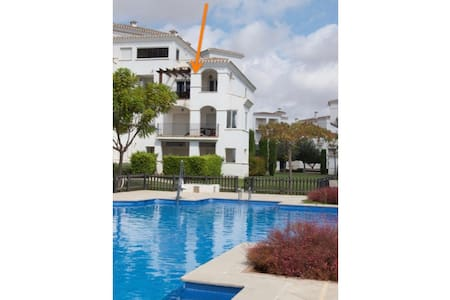 Great apartment with view of hole 10 - Roldán - Apartmen