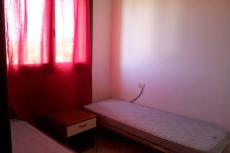 Alghero, Twin bed - Room 4 PAX - Alghero