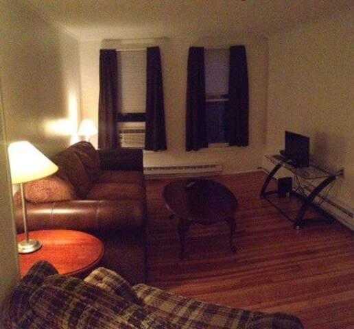 One Bedroom Track Rental - Saratoga Springs - Pis