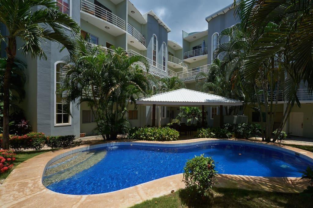 pura vida de gris appartements en r sidence louer tamarindo guanacaste costa rica. Black Bedroom Furniture Sets. Home Design Ideas