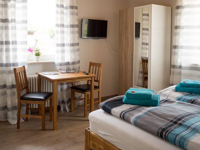 Zimmer 3 Doppelzimmer in Nussdorf - Überlingen - House