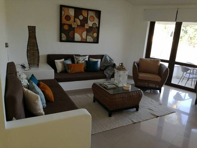 Villa Torres - Manzanillo