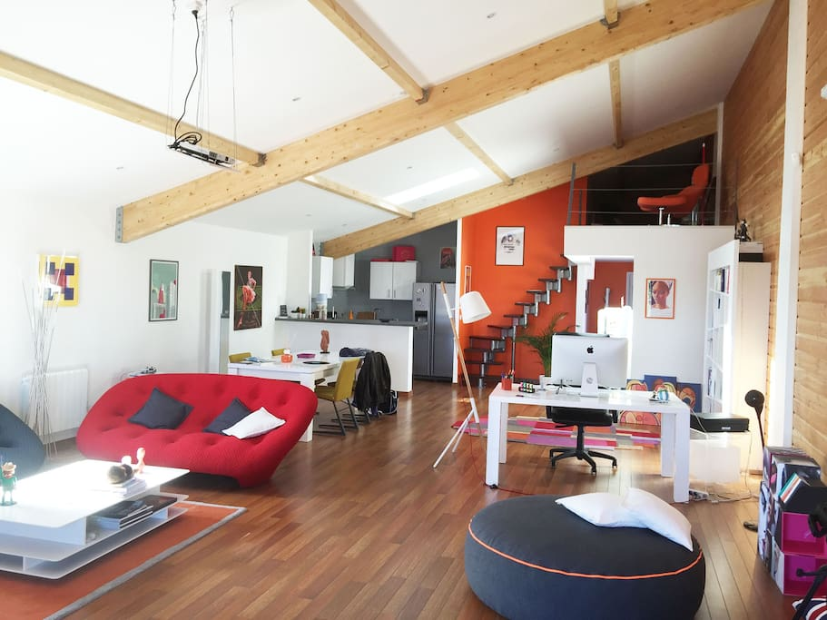 Loft nantes bords de loire lofts louer saint for Location garage saint herblain