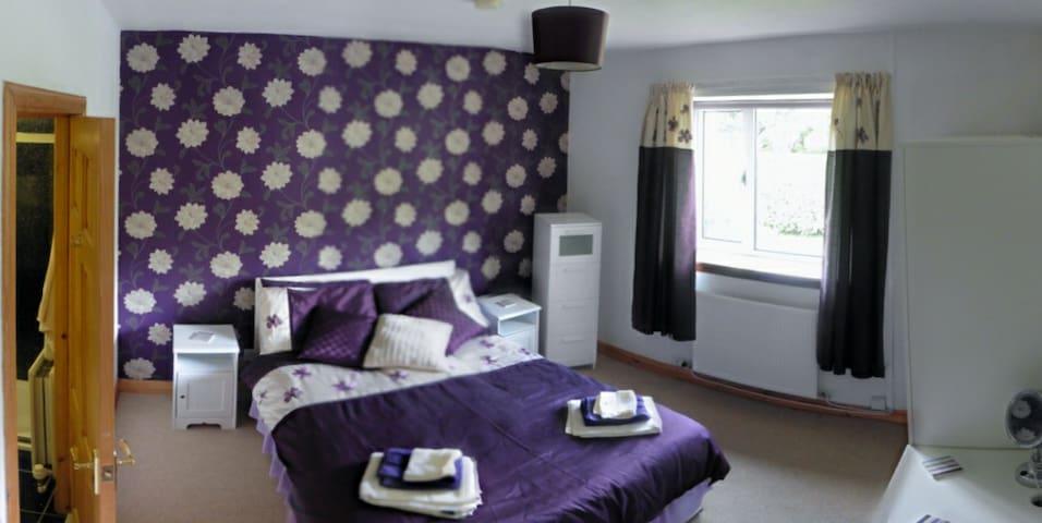 Guest Bedroom with ground floor access