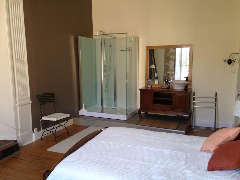 chambre centre ville vieux mans maisons louer le mans pays de la loire france. Black Bedroom Furniture Sets. Home Design Ideas